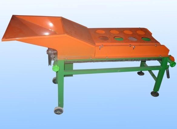 Structure improvement and performance test of sweet corn peeling machine